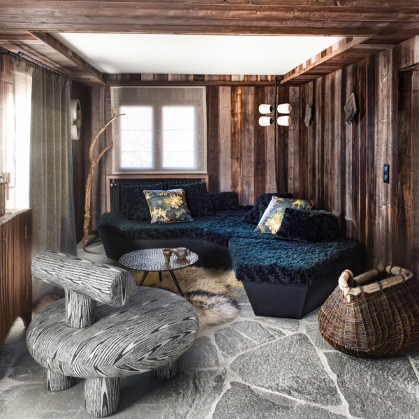 THE COLLECTOR'S CHALET